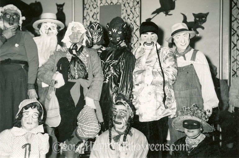 Party Mask Group With Black Cats 1960s