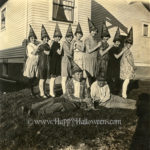 Batty pointy hat group - 1926