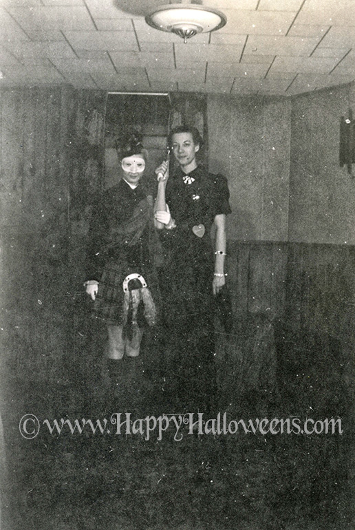 Ghostly Scottish pair from the 1940s