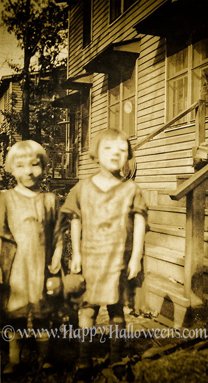Connie and Dorothy - 1920s